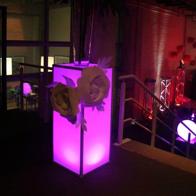 LEDDecor-wireless-plinths-lightingIMG_5652